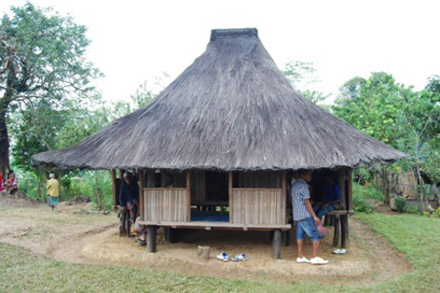 """Uma-lulik"" o casa sagrada en Maubara, distrito de Liquiça"